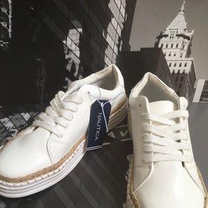 🙌🏾Brand New Nautica Sneakers #VMC